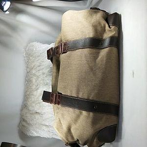 Daniel Cremieux duffle bag with cosmetic bag
